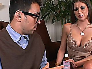 Rachel Roxxx Kingdong Deep Penetration