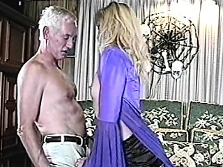Older fart fucked chick in stockings