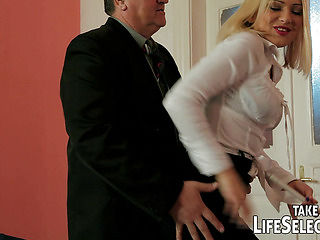 Cheating housemaid gets punished by angry wife.