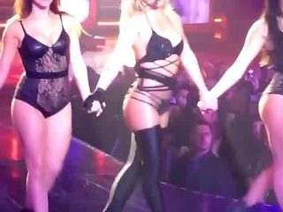 Britney Spears - Hot Bitch in Live.