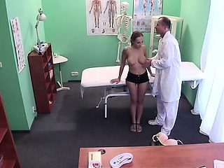 Non-stop pussy-ramming arouses concupiscent doctor a lot