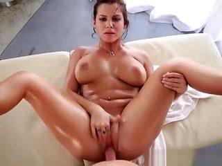 Hottie Keisha Grey Gets Bonked And Cum Sprayed