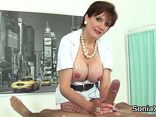 Cheating british mature lady sonia flaunts her huge puppies