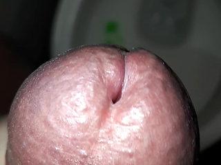Big head close up cumshot