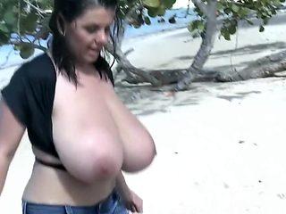 Milena in Caribic Beach