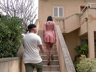 German Teen Jolee Seduce The Postman To Fuck When Alone