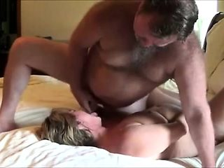 Mature amateur wife home fucking with facial cumshot