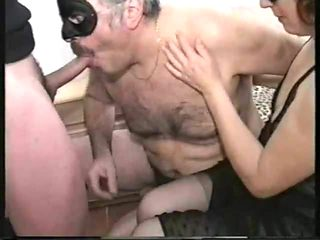 DP CUCKOLD WIFE 1
