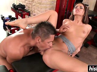 Brunette at the gym gets penetrated hard