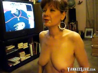 Mature I'm a cumslut! I love cum!