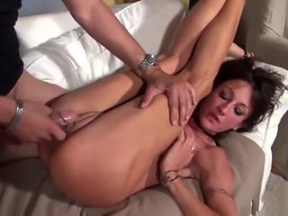 Lyna Cypher Amateur French Mature Squirts While Getting Ass Fucked