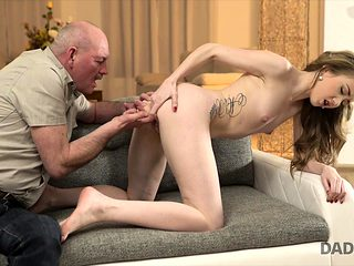 DADDY4K. Russian lessons in bed
