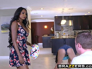Brazzers - Moms in control - Cyrstal Rae Diamond Jackson and