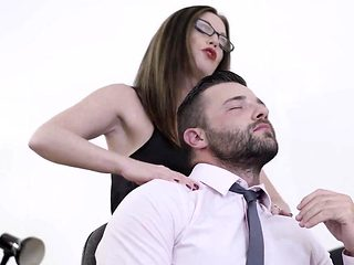 Babes - Office Obsession - Kiss and Tell star