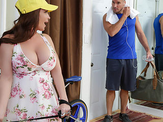 Diamond Foxxx & Sean Lawless in Lying Doggystyle - Brazzers