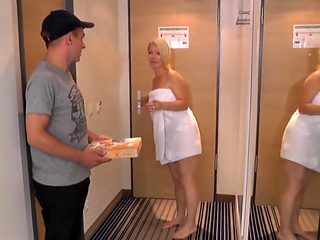 Milf fucks delivery boy in hotel room