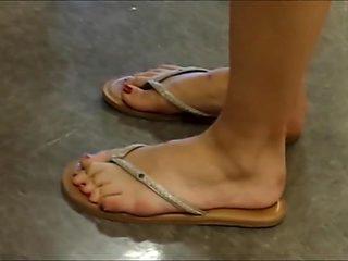 Candid Feet 371