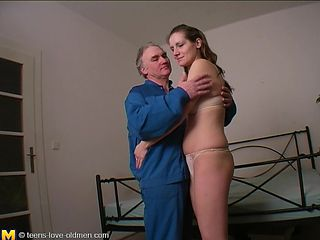 Gorgeous babe with big naturals Hanika gets nailed by an older stud