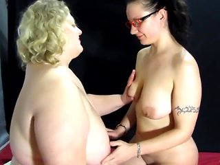 lesbian babes make each other fisting