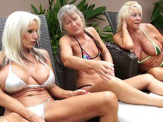 Kinky interracial threesome featuring ravishing mature slags
