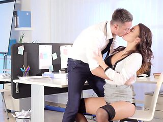 Babes - Office Obsession - A Troublesome Empl