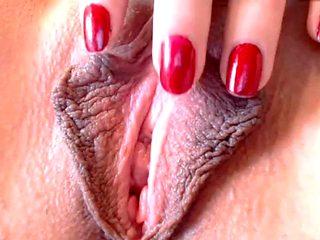 Closeup big lips pussy