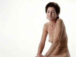 Naked on Stage-128 Ne12