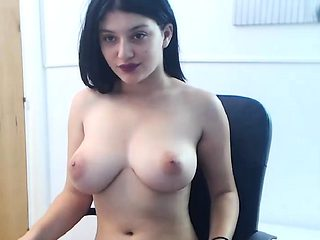 Dirty Big-Titted Camgirl Having Nice Show