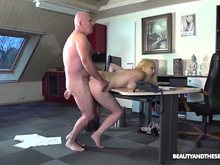 Teen babe Liz Rainbow punished by her old senior manager