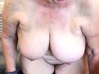 ILoveGrannY Mature Pictures Slideshow Collection