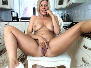 Aged amateur Milf Regina toys meaty hairy pussy