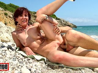 Joycelina & Kevin White in Hot French Milf On A Sunny Beach - MMM100