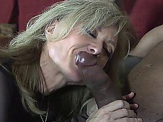 Nina Nicky