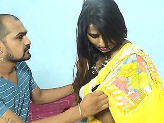 Swathi Romantic Yellow Saree Video