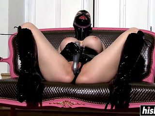 Irresistible Chick In Latex Loves To Masturbate