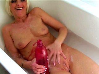 Granny in the bathtub has a wonderfully tight pussy