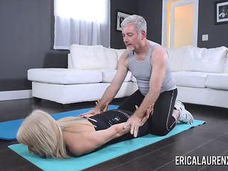 Erica Lauren & Jay Crew Have Intimate Home Aerobic Class