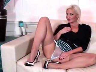 Jennifer hot milf in pantyhose and her fantas