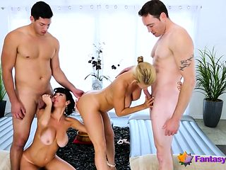Two Busty Milfs Fucked in Foursome