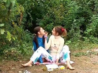 Amazing Lesbian, Outdoor xxx scene