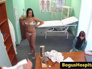 Patient walks in on doctor pussy fucking nurse