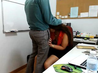 CO-WORKER BLOW JOB TO HIS MANAGER Two