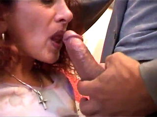 Granny roscia loves cock in all ways