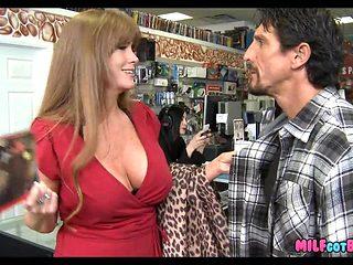 Mature Mom still loves the Cock