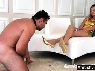 Hot pornstar foot fetish and orgasm