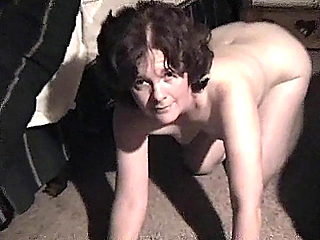 HE FILMS SUCK SLAVE GIRLFRIEND SUCKING NEW COCK