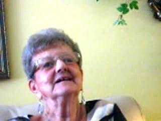 80yo granny remembers hot times