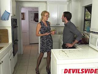 Dirty granny Erica Lauren fucks in the kitchen