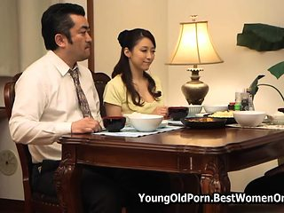 Japanese Young Fellow Enjoy Affair With Not His Aunty