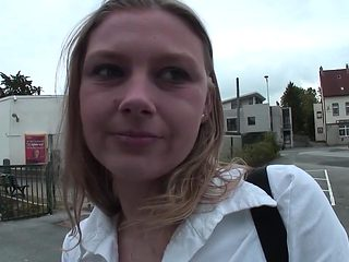 Jetzt Deutsche Frauen in Nylons bespritzen